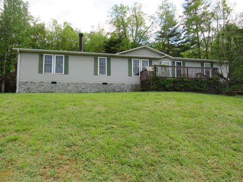 Beautiful Single Level Home Willis : Willis : Floyd County : Virginia