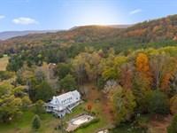 Scenic Farm On 374+/- Acres : Lafayette : Walker County : Georgia