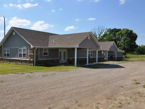 Country Home Two Living Units Land : Cameron : Le Flore County : Oklahoma