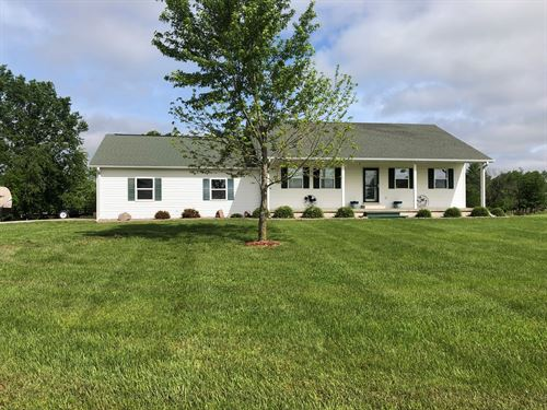 Country Home on 3 Acres For Sale : Chillicothe : Livingston County : Missouri