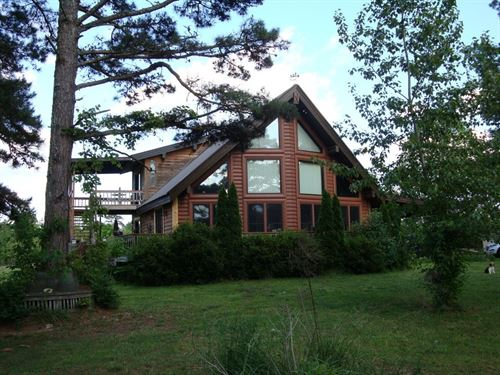 Hobby Farm With Log Style Home : Birch Tree : Shannon County : Missouri