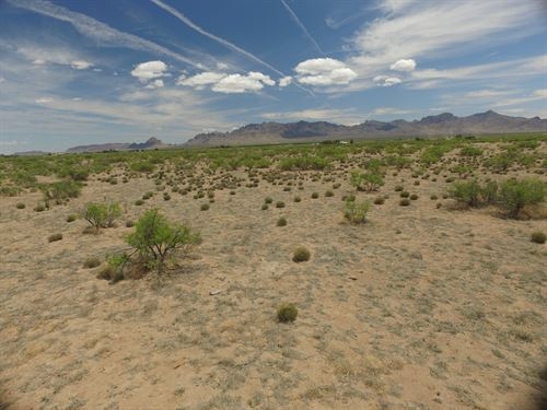 Beautiful Views Florida Mountains : Deming : Luna County : New Mexico