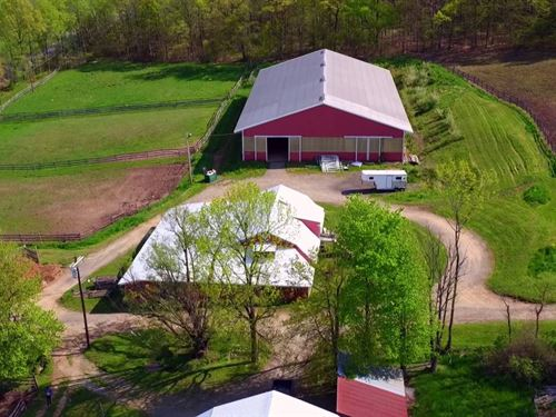 42Ac Horse Farm Beautiful Setting : Oxford : Warren County : New Jersey