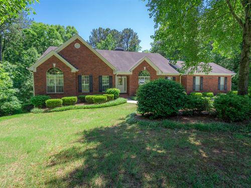 Beautiful 5 Bd/3.5 Ba Brick Home : Conyers : Rockdale County : Georgia