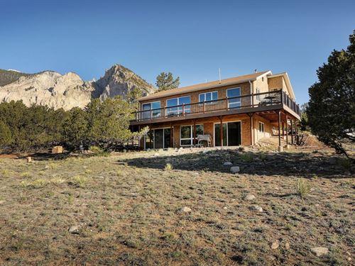 4774764, Open Floor Plan, Lots Of : Nathrop : Chaffee County : Colorado