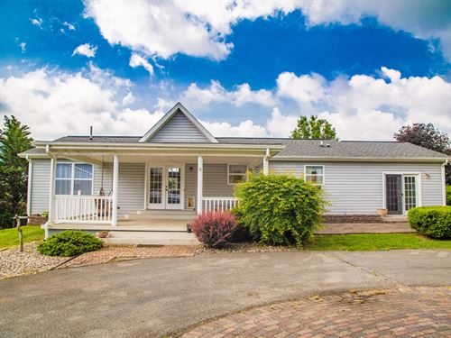 Ranch Home With Picturesque Views : Cedar Bluff : Tazewell County : Virginia