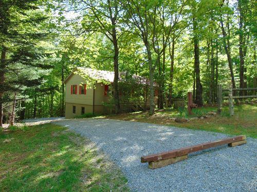 Home Near Blue Ridge Parkway : Sparta : Alleghany County : North Carolina
