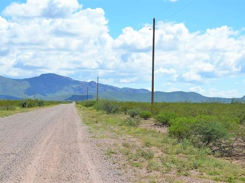 Beautiful Parcel Zoned Ru-4, Power : Douglas : Cochise County : Arizona