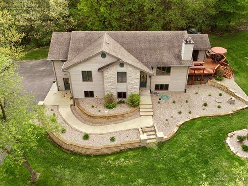 World Class Country Estate Baraboo : Baraboo : Sauk County : Wisconsin