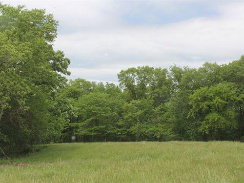 34 Acres South Of Cameron MO : Cameron : Clinton County : Missouri