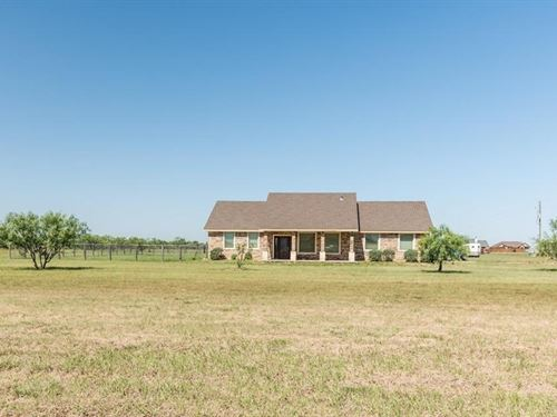 Country Home For Sale In Big Spring : Big Spring : Howard County : Texas
