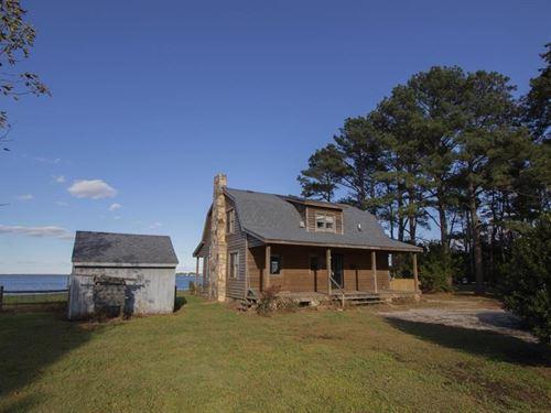 Log Cabin 3 Bedroom / 2 Baths : Moyock : Currituck County : North Carolina
