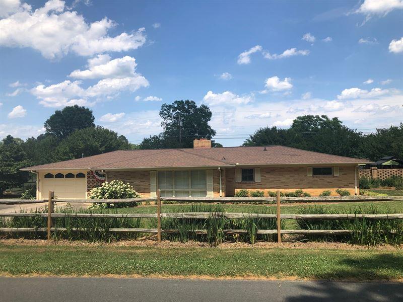 Beautiful Country Home Albemarle NC : Albemarle : Stanly County : North Carolina