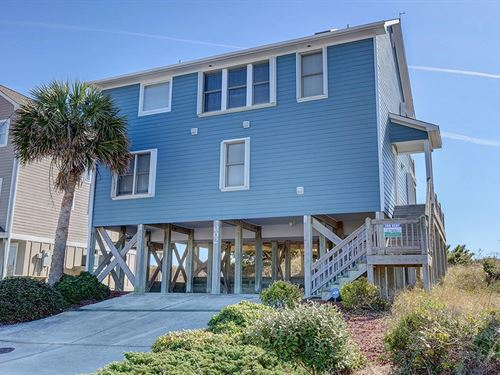 5 Bedroom Oceanfront Home Surf : Surf City : Pender County : North Carolina