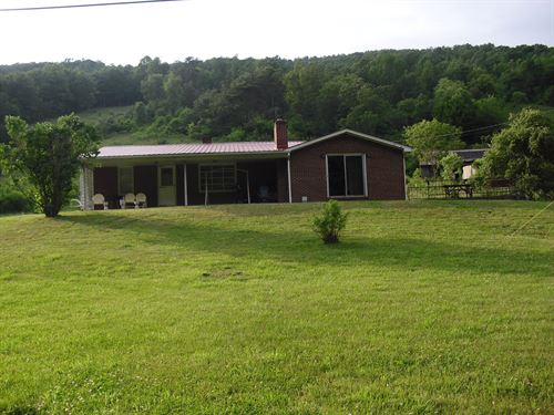 Reduced, Brick Home 54 + Acre Mini : Marion : Smyth County : Virginia
