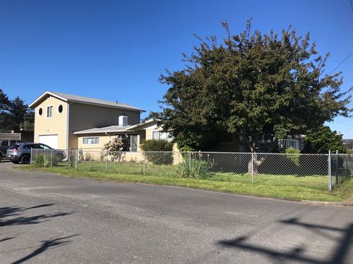 House For Sale, Gold Beach OR : Gold Beach : Curry County : Oregon