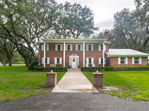 Elegant 2-Story Colonial Home : Live Oak : Suwannee County : Florida