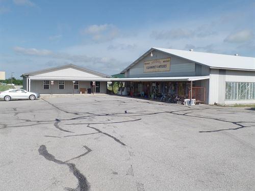 Commercial Buildings Busy 54 : El Dorado Springs : Cedar County : Missouri
