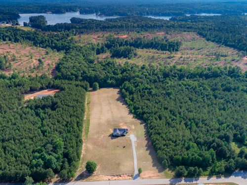 Ranch Home With A Basement On 5 Ac : Monticello : Jasper County : Georgia