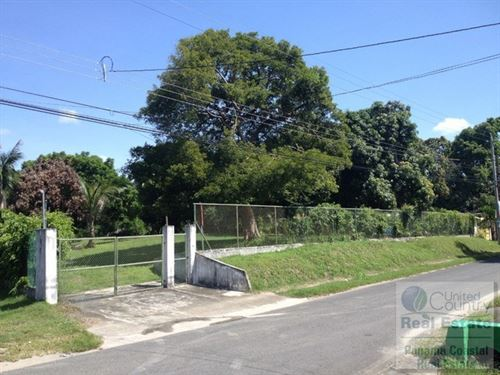 Lot For Sale in Lajas DE Chame : Chame : Panama