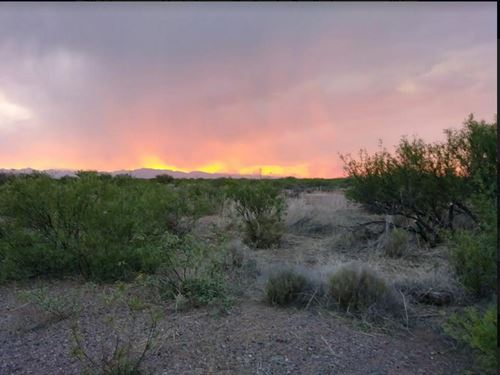 Stunning Corner Off Grid Lot : Douglas : Cochise County : Arizona
