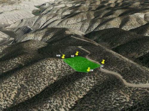 Relax Under Stars On This Hilltop : Duchesne : Utah