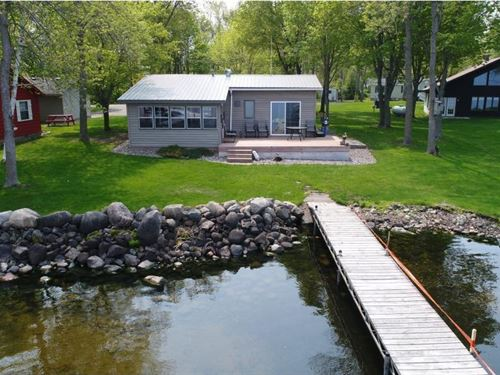 Mille Lacs Lake Cabin, Hunters : Isle : Mille Lacs County : Minnesota