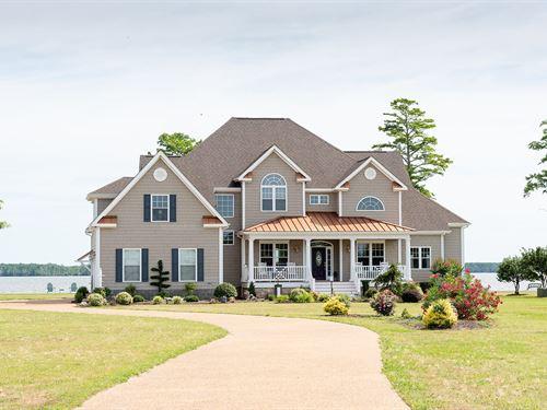 River Front Home Just Off Albemarle : Hertford : Perquimans County : North Carolina