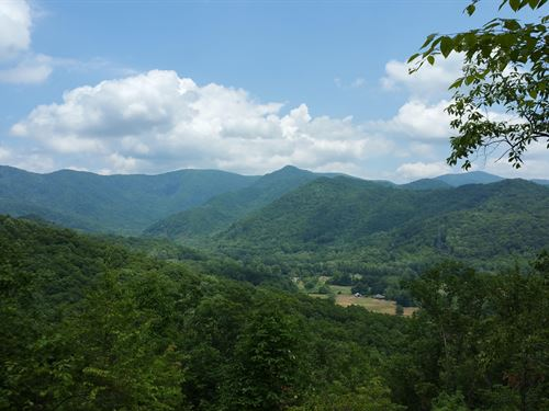 One Of A Kind Direct Mountain View : Hayesville : Clay County : North Carolina