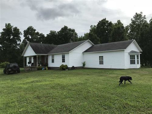 This 4 OR 5 Bedroom 3 Bath Home si : Sulphur Rock : Independence County : Arkansas