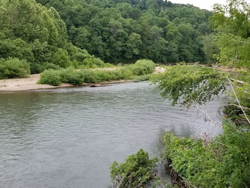 Buffalo River Front Property : Lobelville : Perry County : Tennessee
