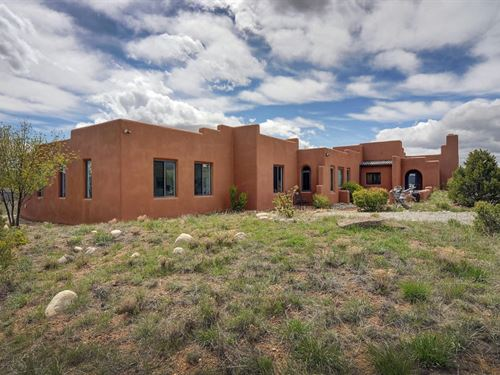 7488318, Beautiful Home & Stun : Nathrop : Chaffee County : Colorado