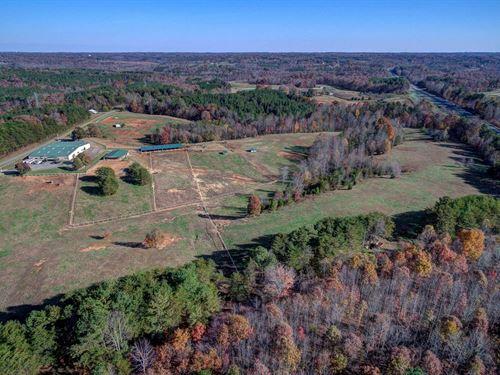 Horse Farm Pinnacle, NC 47.8 Acres : Pinnacle : Stokes County : North Carolina