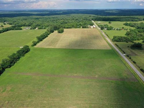 Premiere 189 Acre Cattle Farm : Warsaw : Benton County : Missouri