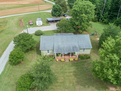 Modern Ranch Minutes To Buggs : Buffalo Junction : Mecklenburg County : Virginia