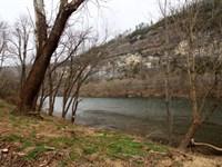 No, 01658 Three White River Lots : Mountain View : Stone County : Arkansas