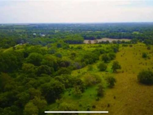 152 Acres of Prime Hunting/Cat : Holton : Jackson County : Kansas