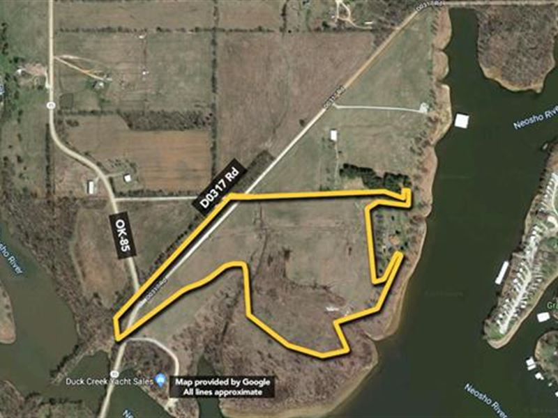 Gated Entry Into This Waterfront : Afton : Delaware County : Oklahoma