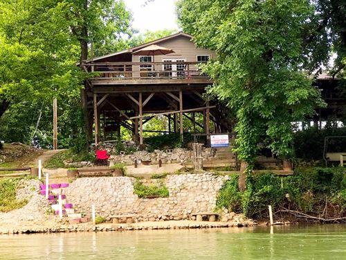 Cabin For Sale On The Spring River : Ravenden : Lawrence County : Arkansas