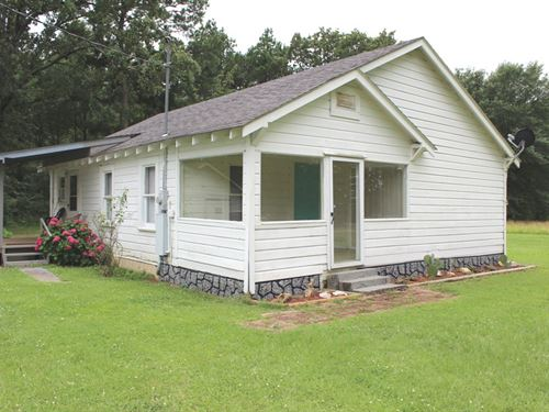 Little Country Home On 3 Acres : Hooks : Bowie County : Texas