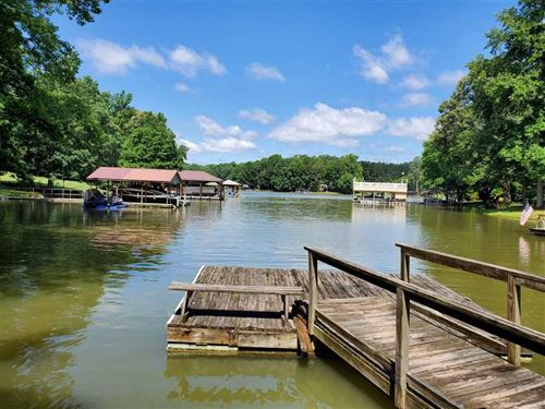 Lake Norman Waterfront House, Moor : Mooresville : Iredell County : North Carolina