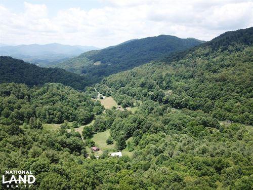 Bakersville Gentle Land : Bakersville : Mitchell County : North Carolina
