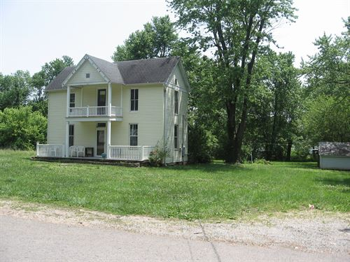 Historic Home 2.8 Acres M/L : Fredericktown : Madison County : Missouri