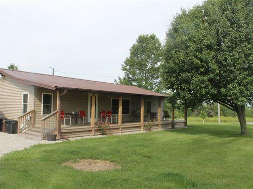 Home & 40 Acres In Hamilton MO : Hamilton : Caldwell County : Missouri