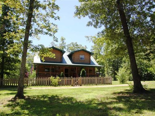 Log Home For Sale in Carter County : Doniphan : Carter County : Missouri