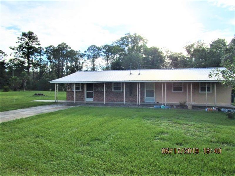 Large Home in Hosford FL 1.26 Acres : Hosford : Liberty County : Florida