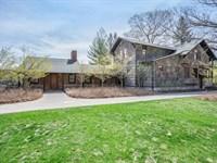 Luxury Sportsman's Retreat & Lodge : Branch Township : Lake County : Michigan