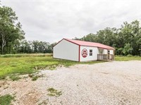 Business on 2 Acres For Sale in Do : Doniphan : Ripley County : Missouri