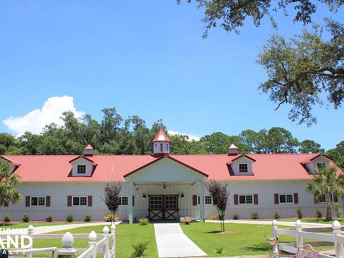 Camelot Farms Equestrian Center : Saint Helena Island : Beaufort County : South Carolina