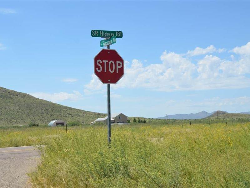 Excellent Lot, Power, Homes, Views : Sunizona : Cochise County : Arizona